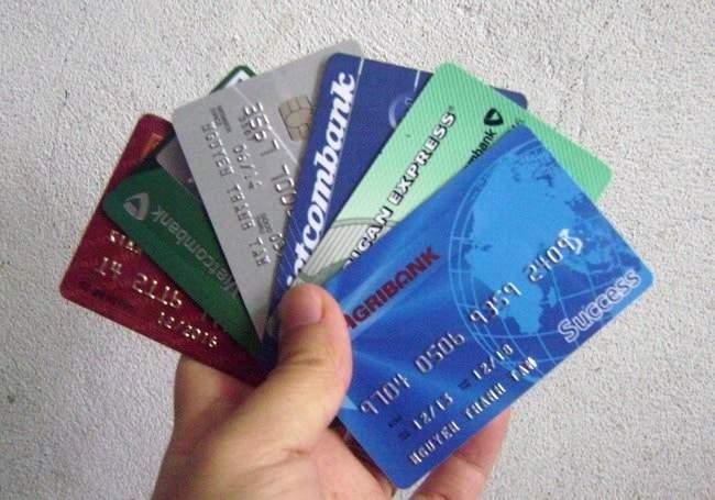 Mua thẻ và thanh toán bằng thẻ ATM là gì?